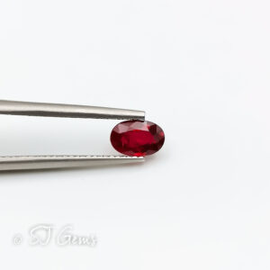 Ruby 0.56ct Oval